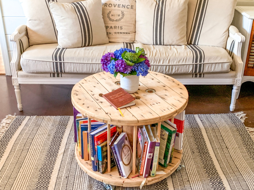 Solutions for Books - Round Rolling Bookshelf