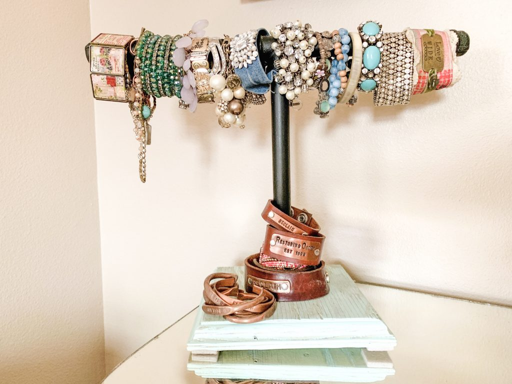 Creative Jewelry Organizing - Bracelets