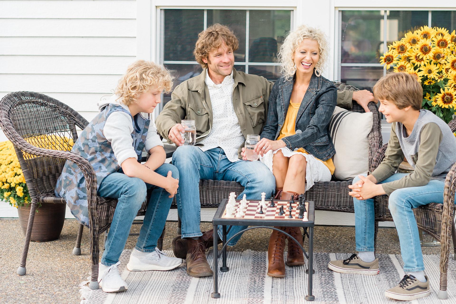 Trevor and Vicki Norris - Family Mandate