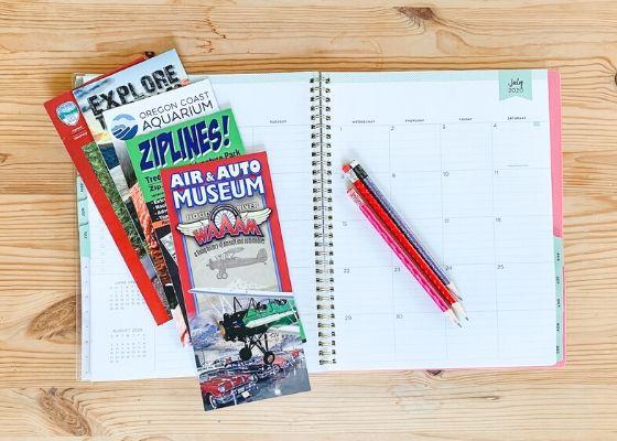 Create a family annual calendar