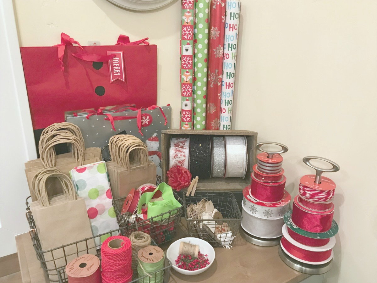 Christmas Gift Wrapping Station.Creative Gift Wrapping Station Hacks Restoring Order