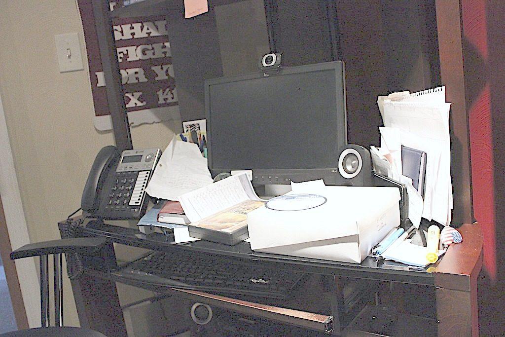 Making-Room-for-Expansion-Desktop-Before