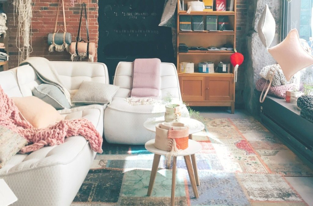 Reclaim Your Space: Restoring Order to Your Family Room
