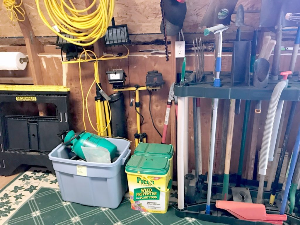 Shed-Organization-Ideas-Yard-Tools